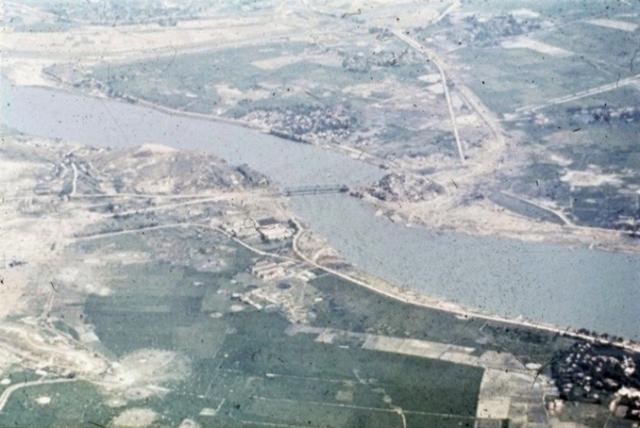 Thanh_Hoa_bridge_Vietnam_1972