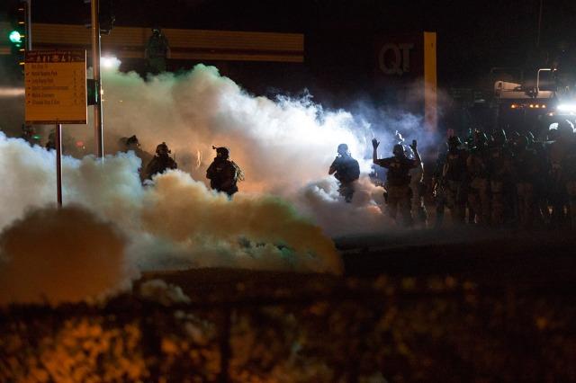 Ferguson riots 4