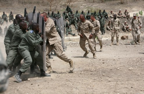 US training African forces